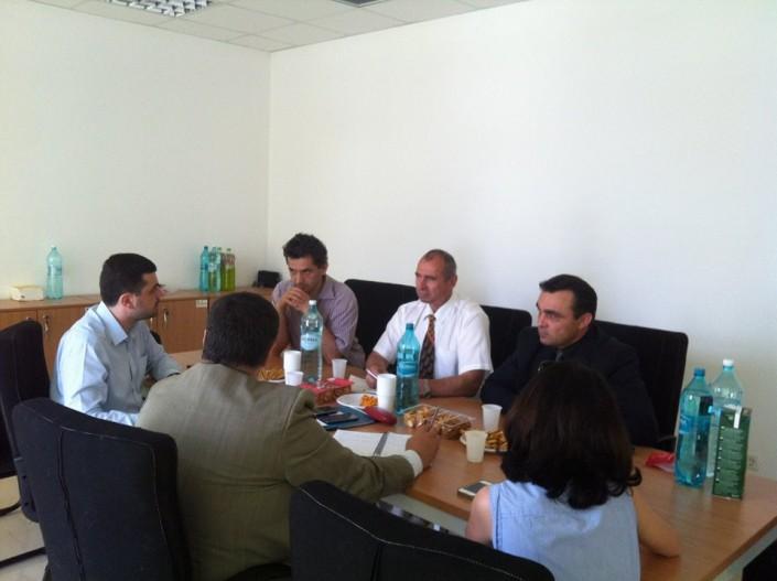 Discuții vizând dezvoltarea facilităților de producere și gestionare a biogazului și înființarea unui curs de master dedicat, iulie 2014
