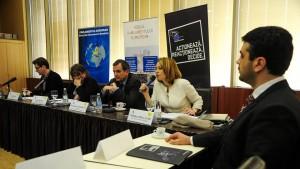 """Dezbatere interactiva """"Rolul Parlamentului European în problematica dezvoltării regionale. Importanța fondurilor europene"""", 2014 2"""