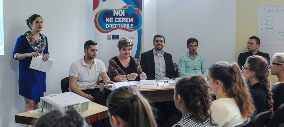 dezbaterea interactivă Noi ne cerem drepturile! a tinerilor din regiunea V Vest 2