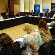 """Dezbatere interactiva """"Rolul Parlamentului European în problematica dezvoltării regionale. Importanța fondurilor europene"""", martie 2014"""
