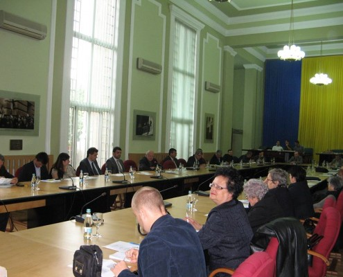 """Masa Rotunda """"Cercetari stiintifice care pot fi aplicate in economia judetului Timis"""", 24 mai 2013 1"""